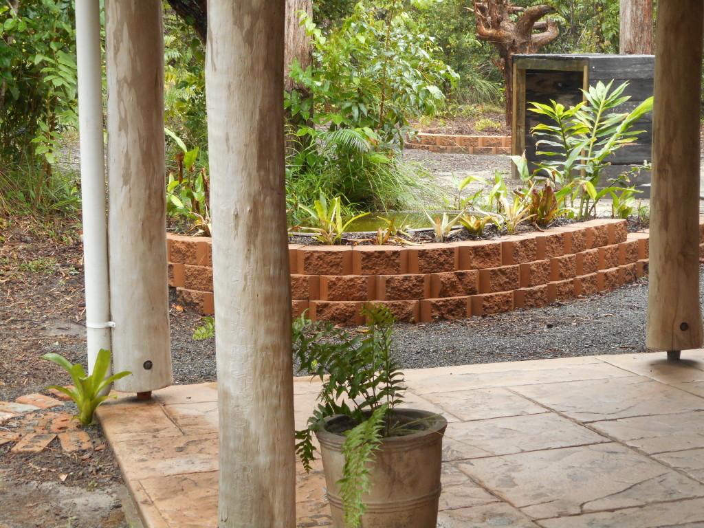 BYFIELD Cabins Garden